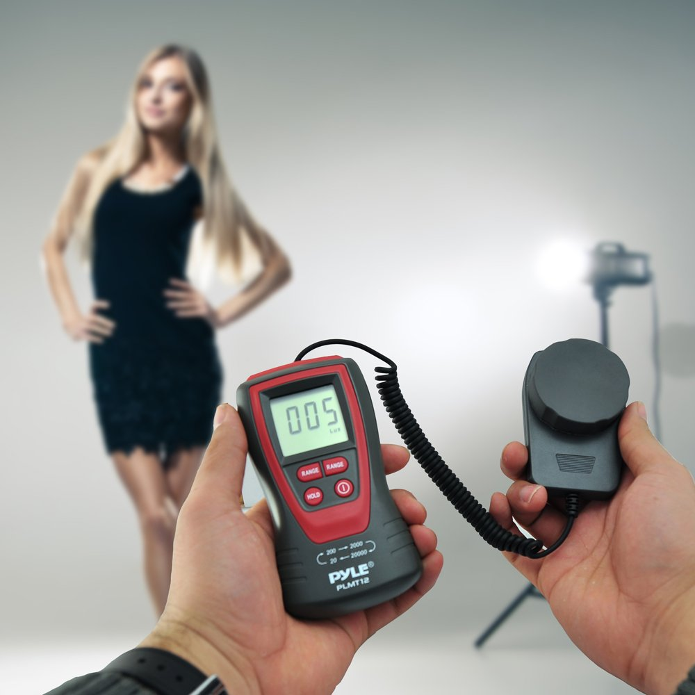 Pyle PLMT12 Handheld Lux Light Meter Photometer with 20000 Lux Range, 2X Per Second Sampling and Digital Display by Pyle