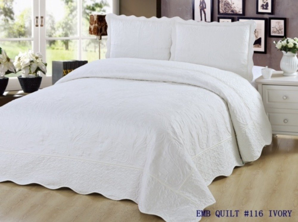 California King Size Quilt 3 Piece Bedding Bed set / Bedspread / Embroidered / 2 Pillow Shams (Ivory)