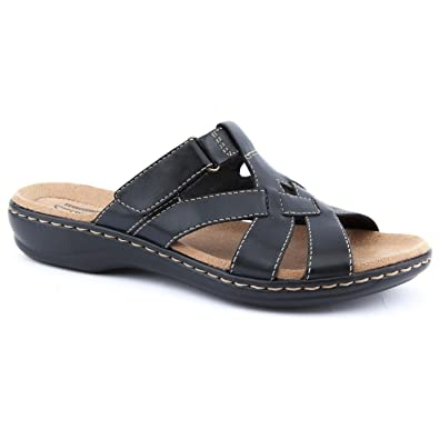 be3a77ae3433 Clarks Ladies Leisa Bloom Black Flat Sandals Size 8  Amazon.co.uk ...