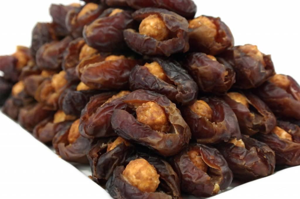 Bateel USA Wanan Dates Caramelized Macadamia