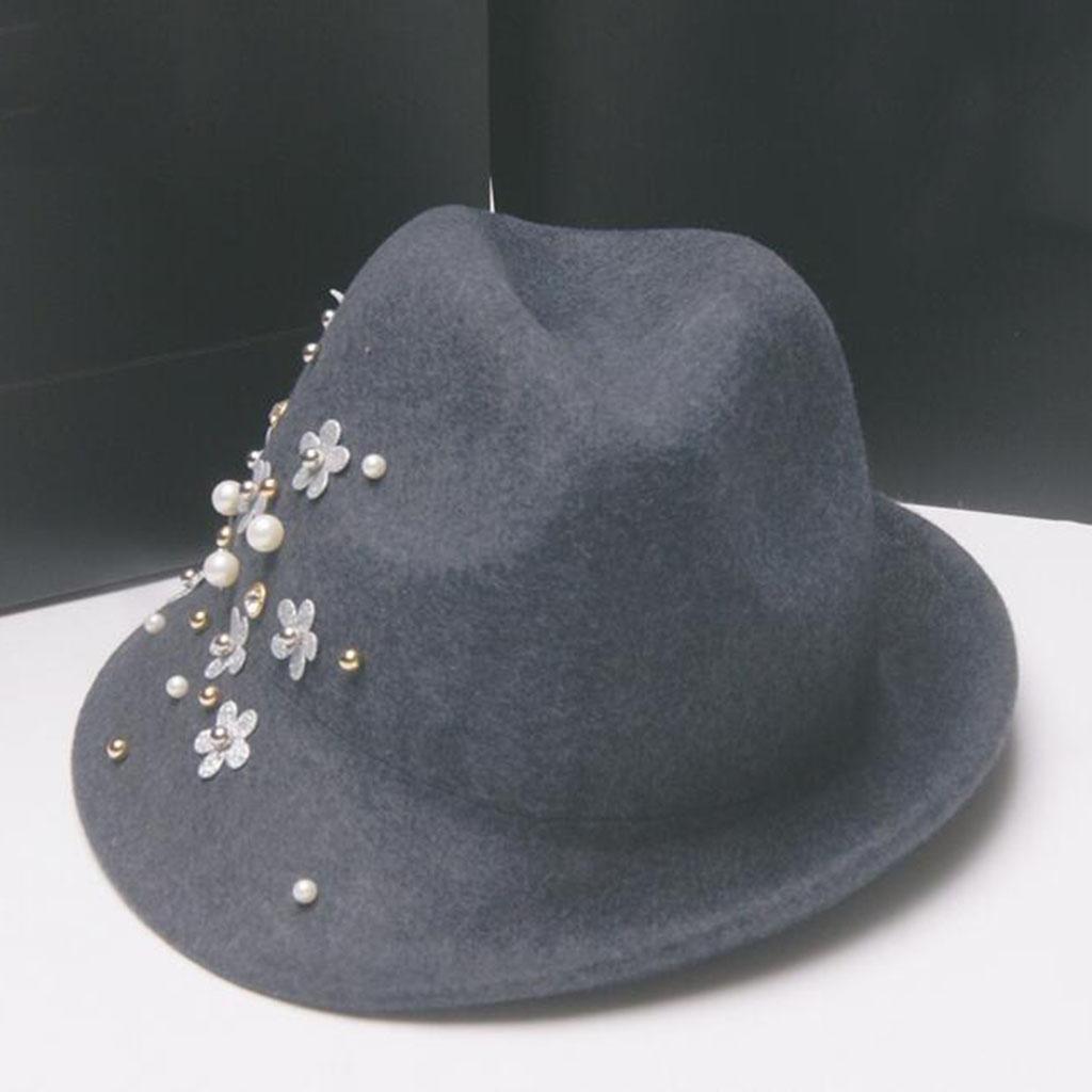 Modelos de otoño e invierno Peludo Modelos femeninos Peludo Remaches perla crisantemo Sombrero , gra...