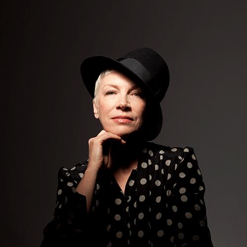 Diva Annie Lennox: Annie Lennox On Amazon Music