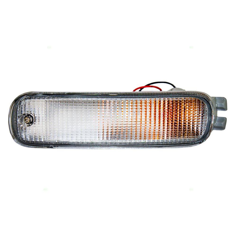 Drivers Park Signal Front Marker Light Lamp Replacement for Nissan B6135-1E401