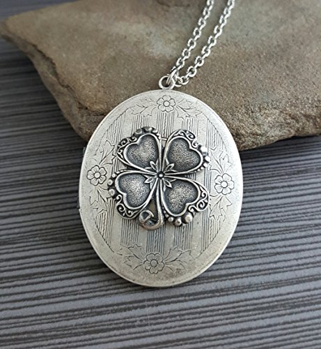 (Handmade Oxidized Silver Four Leaf Clover Locket Necklace)