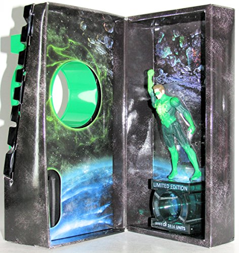 (Green Lantern Movie Limited Edition Hal Jordan (Ryan Reynolds) 4-inch Action Figure with Box and Display Stand (Does Not Include Ring))