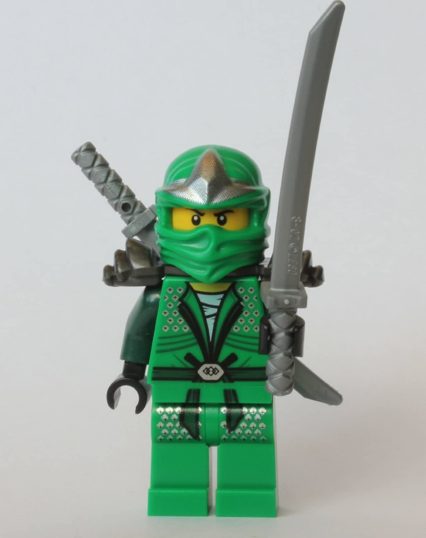 LEGO Ninjago - Lloyd ZX (Green Ninja) with Armor and Dual Swords (Shamshir)