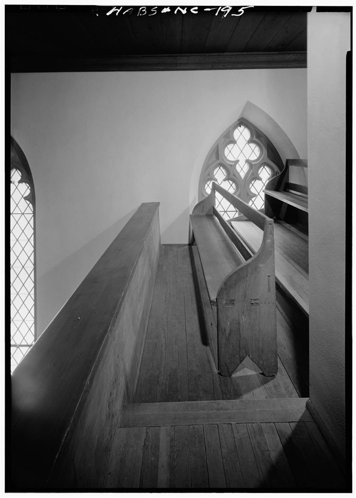 8 x 12 Photo of 6. Historic American Buildings Survey, March, 1962 SLAVE BENCH AND WINDOW IN GALLERY. - Chapel of the Cross, 304 East Franklin Street, Chapel Hill, Orange County, NC P after 1933 92a