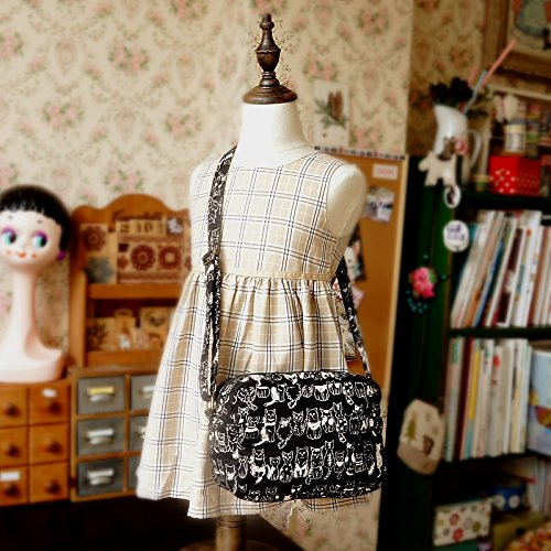 Free Shipping Cute Handmade Japanese Kokka Fabric Girl Kids Bag - Little Cats Black