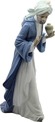 Nao by Lladro Collectible Porcelain Figurine KING BALTHASAR WITH JUG – 11-1 4 tall – Nativity