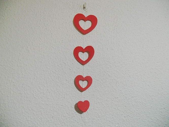 1tira de corazones de varios tamaños, de color rojo para ...