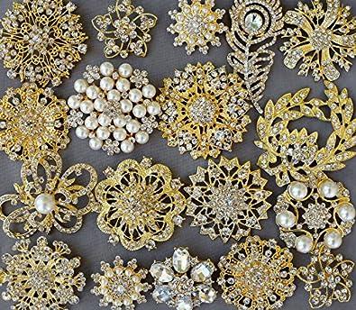 f4d98b2f5 Amazon.com: 10 Rhinestone Brooch Embellishment Gold X LARGE Pearl Crystal  Wedding Bridal Brooch Bouquet Invitation Cake Decoration BR995: Jewelry