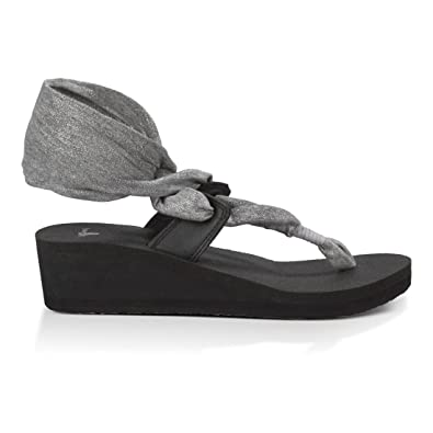 Sanuk Women's Yoga Slinglet Wedge Metallic Sandals Silver 5