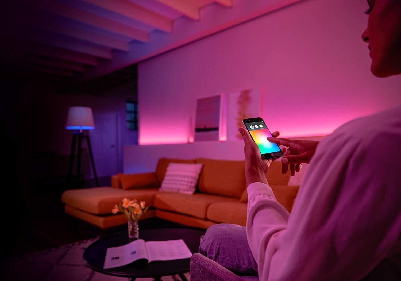Funciona con Alexa y Google Home Philips Hue White and Color Ambiance Pack de 2 Bombillas LED Inteligentes E27 y Puente Luz Blanca y de Colores Compatible con Bluetooth y Zigbee