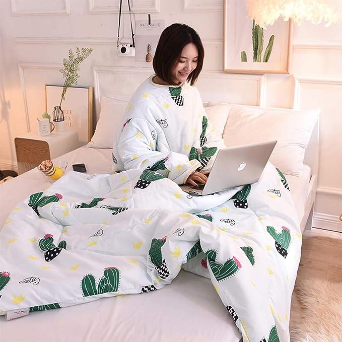 Pijama de cactushttps://amzn.to/2Orbyg2