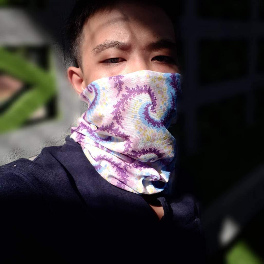 Scarf Bandana Snowboarding Face mask Moisture Wicking Soft COMET GEAR Versatile Seamless Lightweight Headwear Yoga Neck Gaiter for Running Breathable Festivals /& More Biking Headband