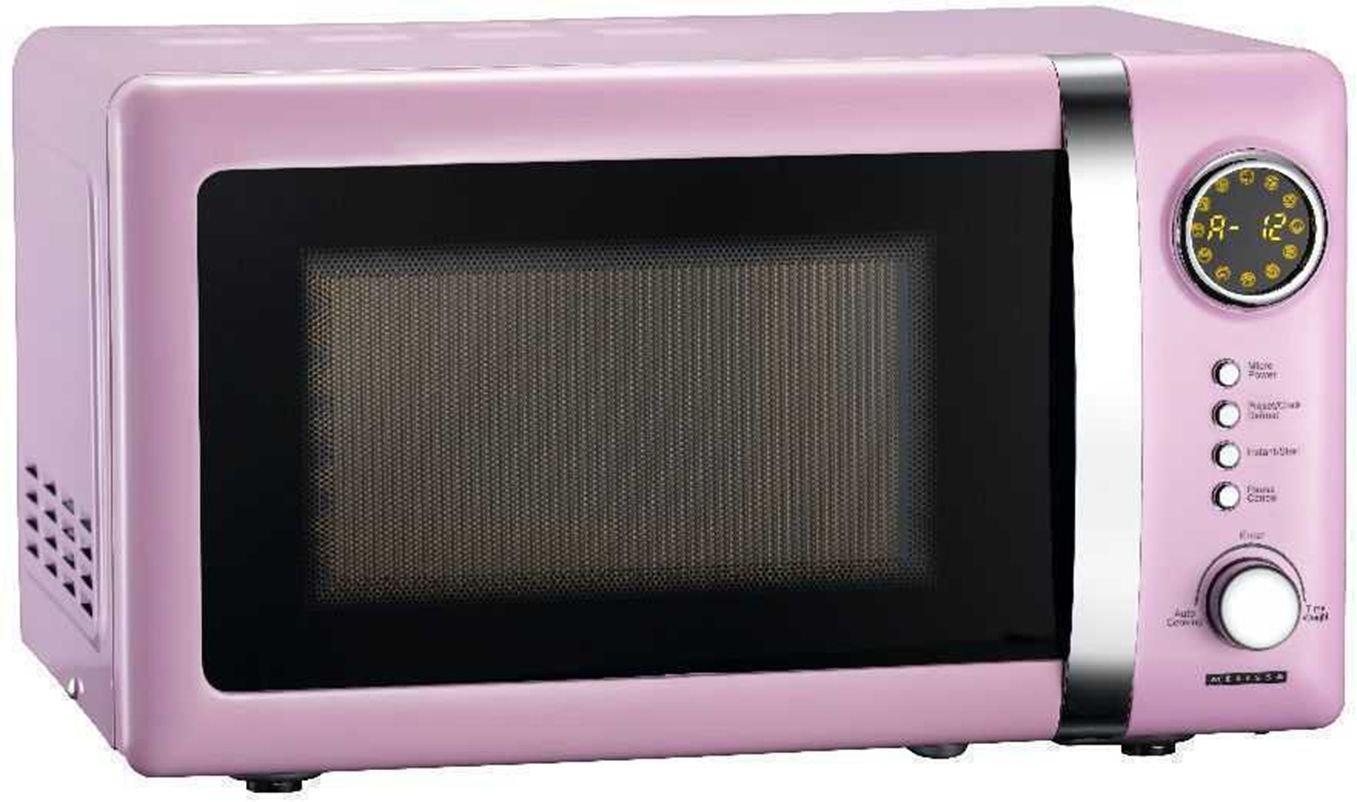 klassische retro mikrowelle mit metallgehaeuse von melissa in rosa