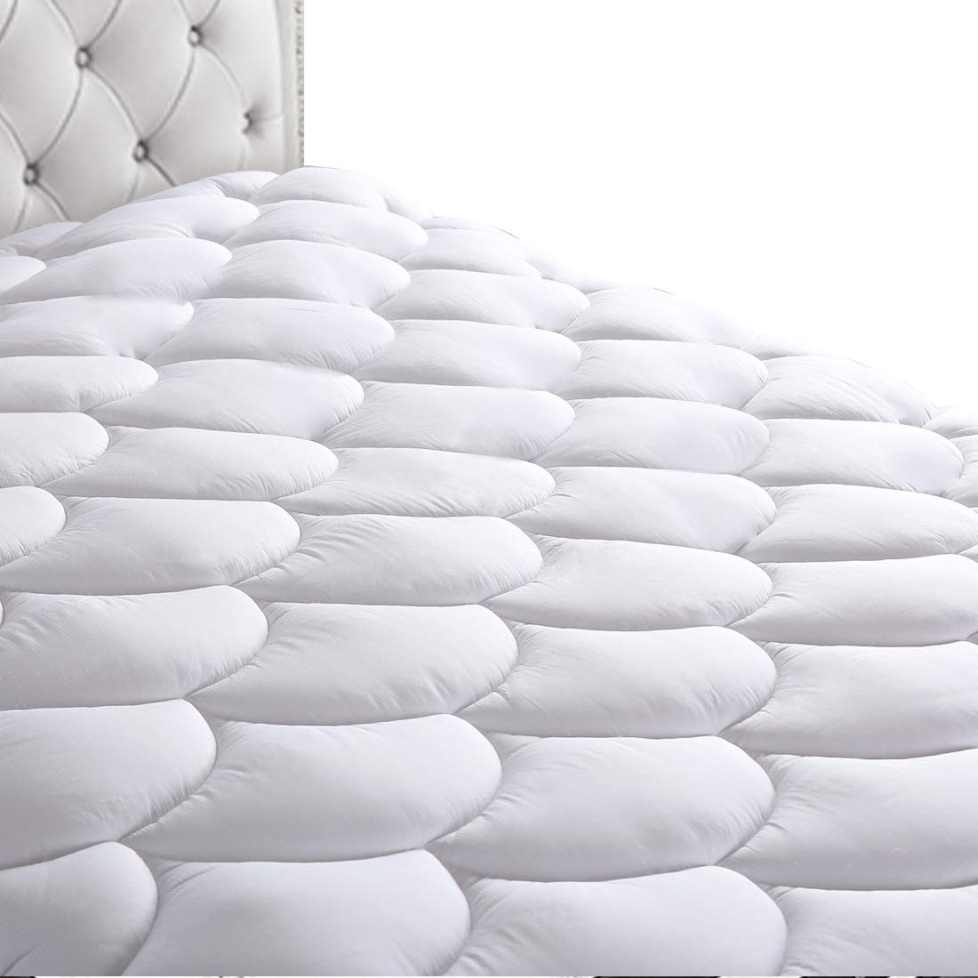 HEPERON Queen Quilted Fitted Mattress Pad Cover Cooling,Multi-Use,Reversible,Overfilled Mattress Topper with 8-21-Inch Deep Pocket,Down Alternative(Queen White)
