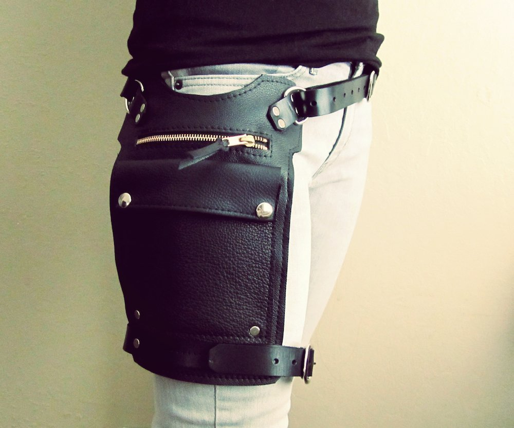 Road Warrior Leather Hip and Thigh Bag Unisex