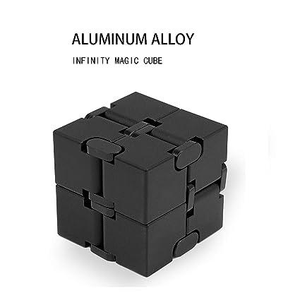 Amazon.com: Cubo de infinito de metal, material de aleación ...