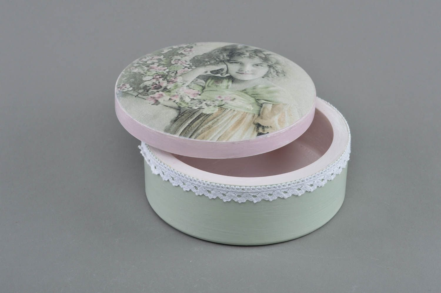 Handmade Designer decoupage Wooden Box of Round Shape Youth by MadeHeart | Buy handmade goods (Image #2)