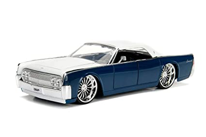 Amazon Com 1963 Lincoln Continental Navy Blue With White Top 1 24