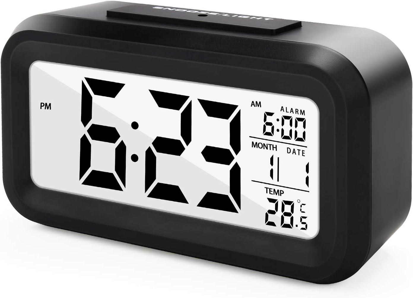 Datum Temperatur SANBLOGAN LED Wecker Digital Smart Digitaler Wecker Snooze Reisewecker Tischuhr mit Gro/ßem Display Uhrzeit Nachtlicht Batteriebetrieben Reiseuhr f/ür Kinder Studenten Erwachsene