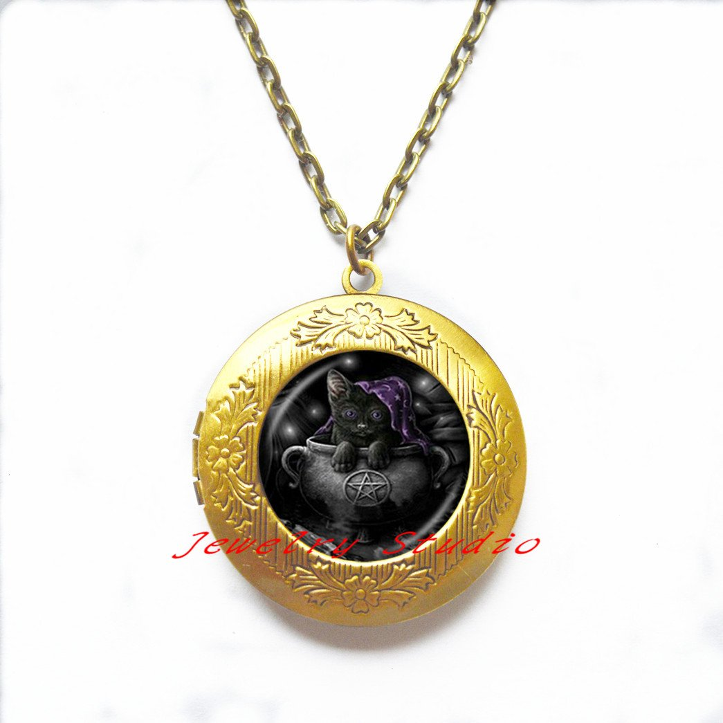 Charming fashion Locket Necklace,Cat Locket Necklace Pentagram Locket Pendant Pentacle Jewelry,photo Locket Pendant art Locket Pendant photo jewelry art jewelry glass jewelry-HZ00164