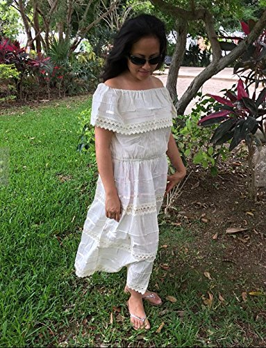 92b89ee015bf Amazon.com: Campesino beige mexican dress for 15-18 years old woman:  Handmade