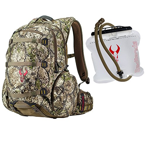 badlands-superday-camouflage-hunting-backpack-daypack-compatible-with-bow-rifle-and-pistol-2l-hydrat