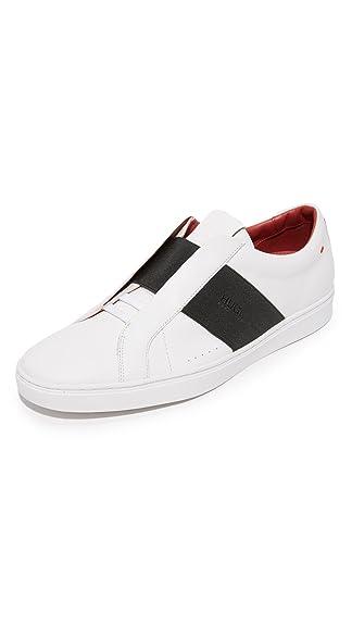 hugo boss shoes 46140 pizza near my location