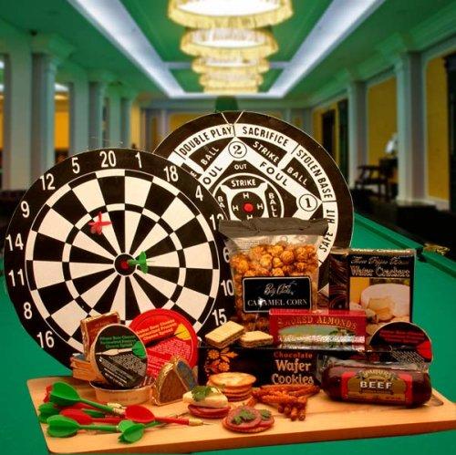 Dart Players Gift: Bullseye Deluxe Dartboard Gift Set