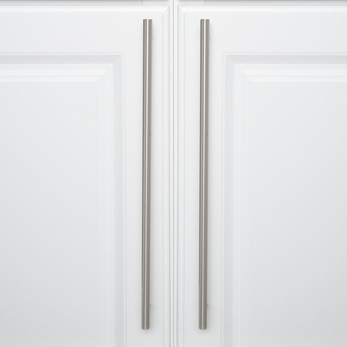 Interasse: 12,7 cm Maniglia a barra per mobili Bronzo anticato Lunghezza 18,74 cm Basics diametro 1,27 cm Confezione da 10 stile europeo