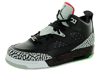 size 40 385ca f63ab NIKE Boys  Jordan Son of Low Bg Sneakers White  Amazon.co.uk  Shoes   Bags