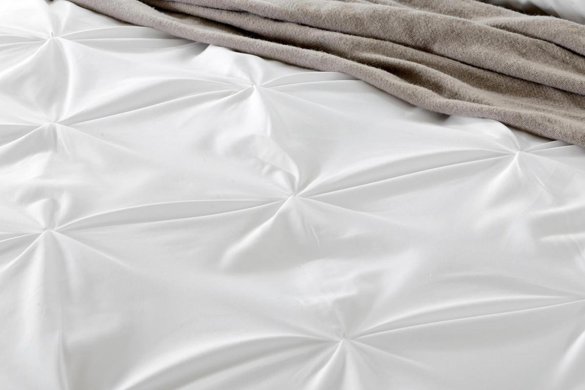 Kanak Bedding Ultra Soft 3-Piece Pinch Pleated Duvet Cover Set with Beautiful Pinch Diamond Design Egyptian Cotton Comforter Cover 800TC Solid (Full/Queen, Taupe)