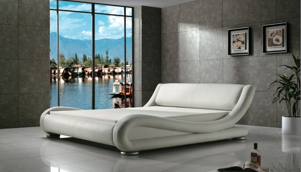 Greatime Contemporary Upholstered Bed, Queen, White by GREATIME