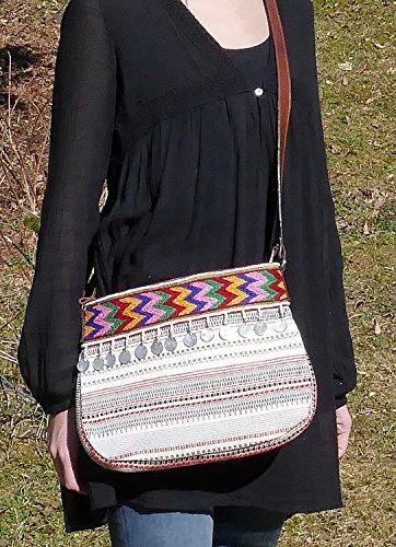 Sarah & Sally Ethno Style Shopper aus Baumwolle mit tollem Lederriemen Hippie Look mit Münzen verziert Handbestickt Schultertasche Shopper Henkeltasche Tasche