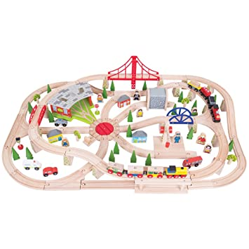 Amazon.com: Bigjigs Rail Wooden Freight Train Set with Storage Box ...