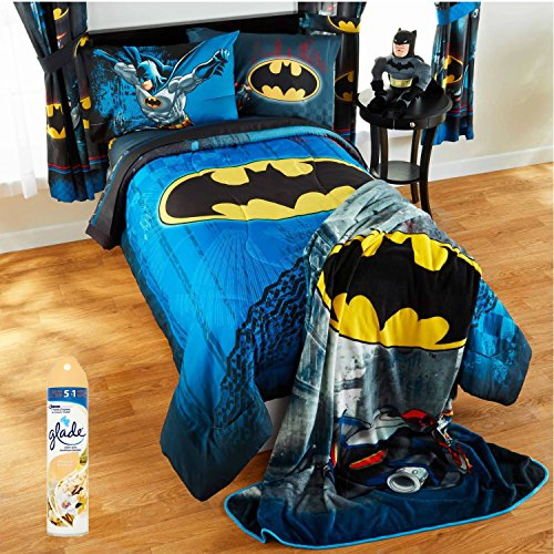 [Warner Brothers Batman Guardian Speed 4-Piece TWIN Size Bed in a Bag Reversible Bedding Set with Glade Room Spray Air Freshener] (Lightning Mcqueen Sports Car Twin Bed)