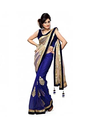 d6430ac9fb05e Priyanka Blue Branded saree Georgette Cream Printed Dhupiyan Branded saree  With Unstitched Blouse  Amazon.in  Clothing   Accessories