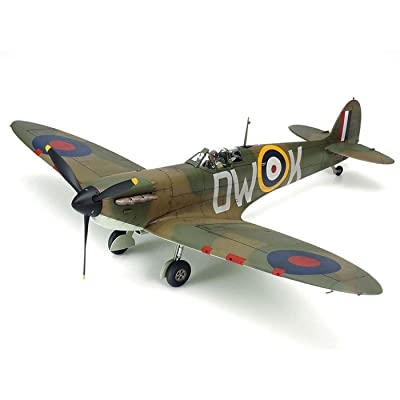 Tamiya America, Inc 1/48 Supermarine Spitfire Mk.I, TAM61119: Toys & Games