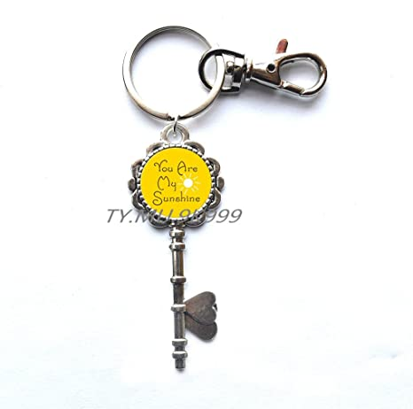 Amazon.com: You Are My Sunshine llave llavero con sol, mano ...