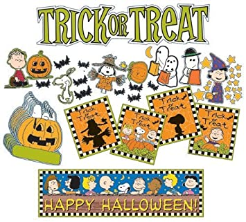 Amazon.com: Eureka Peanuts Halloween Mini Bulletin Board Sets ...