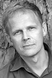 Gordon Weiss