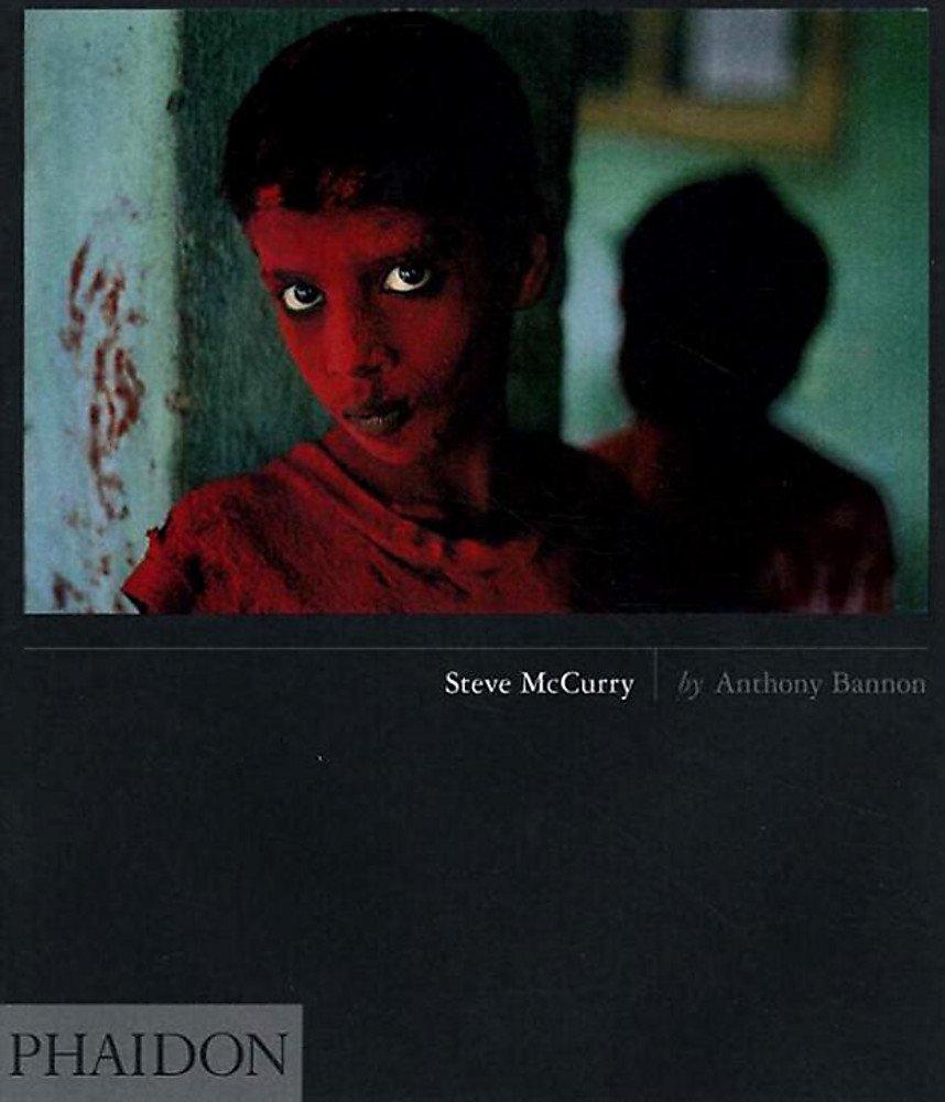 Steve McCurry. Ediz. inglese (Inglese) Copertina rigida – 17 feb 2010 Anthony Bannon Phaidon 0714844845 Photography