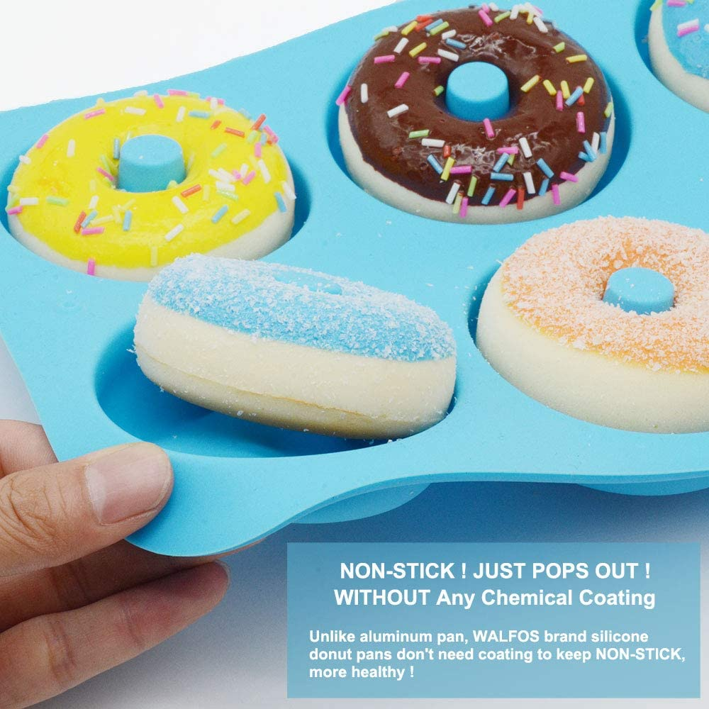 Freezer Safe Microwave Dishwasher 7-Cavity Donut Mold Non-stick Green Bake Perfect Shaped Donuts Oven 4-Pack Silicone Donut Pan Set Comes with 1 Spatula and 1 Brush