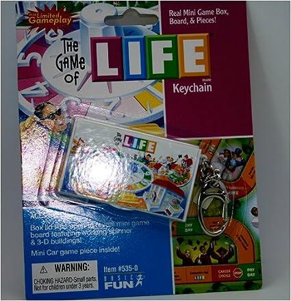 Amazon.com: La vida real Mini Juego Caja llavero: Toys & Games