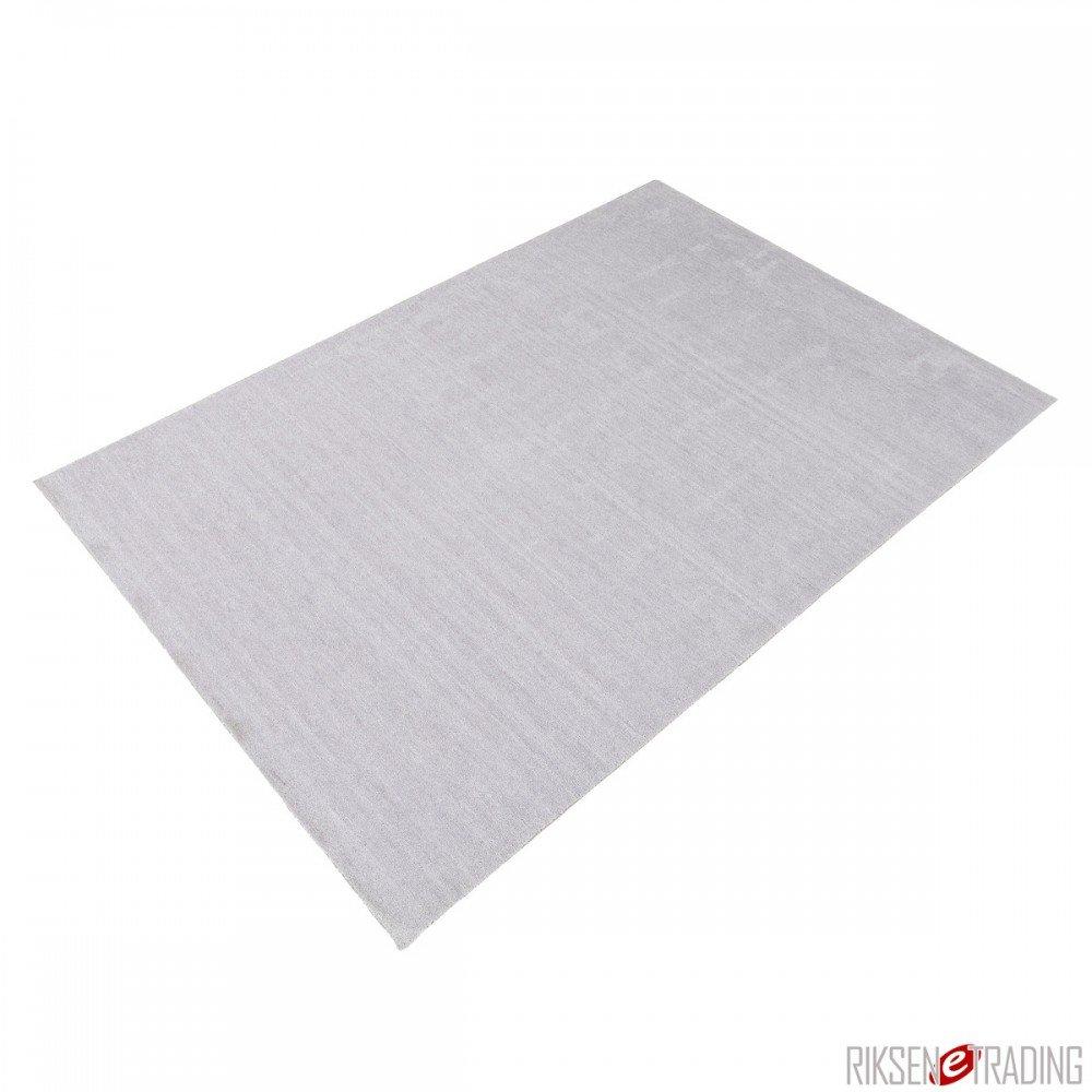 Teppich Victoria in Silber Rug Size: 170 x 240cm