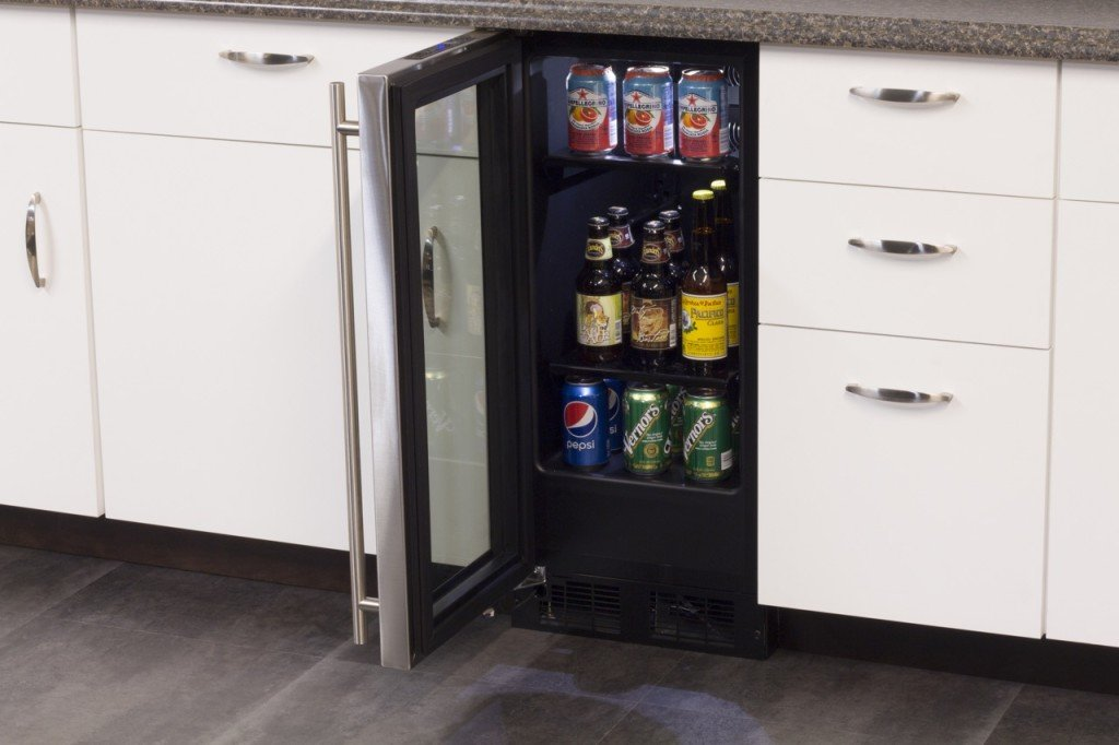 amazoncom aga marvel ml15bcg1lb beverage center left hinge black frame and glass door 15inch appliances