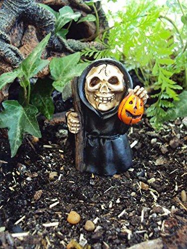 Miniature QuotGrim Reaper With Scythe Pumpkinquot