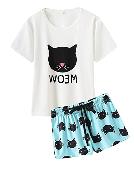 e6b0fade473 HONG HUI Women s Shorts Pajama Set Short Sleeve Sleepwear Cute Cat  Nightwear Pjs at Amazon Women s Clothing store